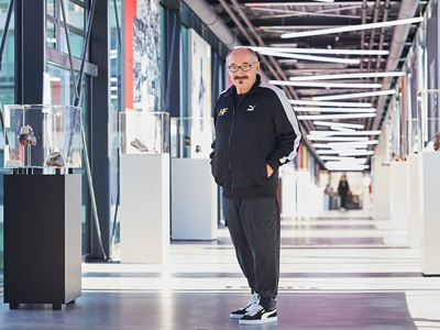 Helmut Fischer auf PUMA Brücke