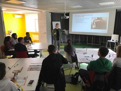 PUMA Ukraine employees learning