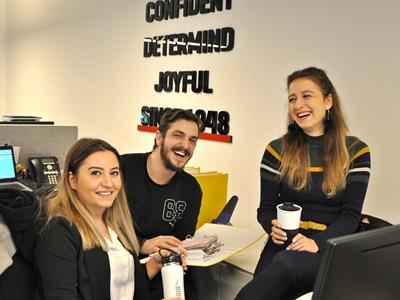 PUMA Türkei -  lächelnde Mitarbeiter