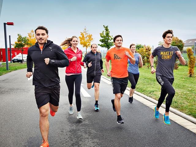 PUMA Mitarbeiter joggen
